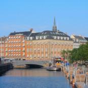 憧れのコペンハーゲンの蚤の市で買付け♪